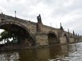 Zomervakantie Tsjechie 2014 (197) - Tour Praag  - boottocht - Karelsbrug